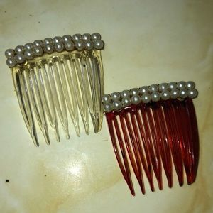 Set of 2 Vintage Hair Combs with Faux Pearl's